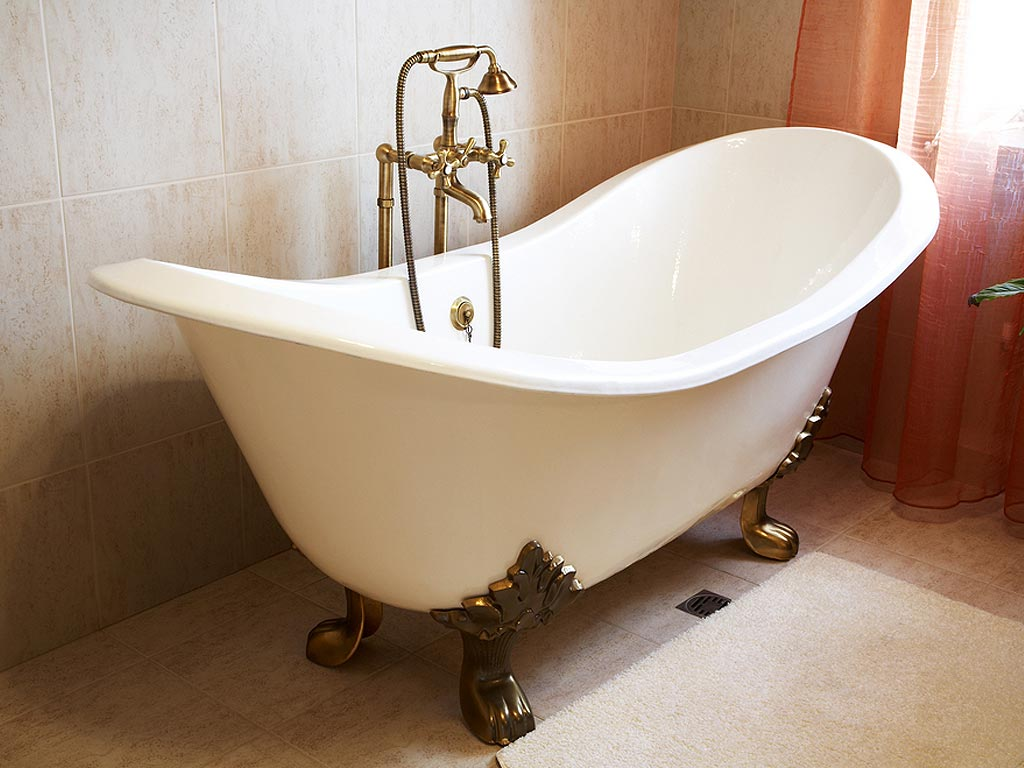 Antique Bath Fixtures Claw Tub